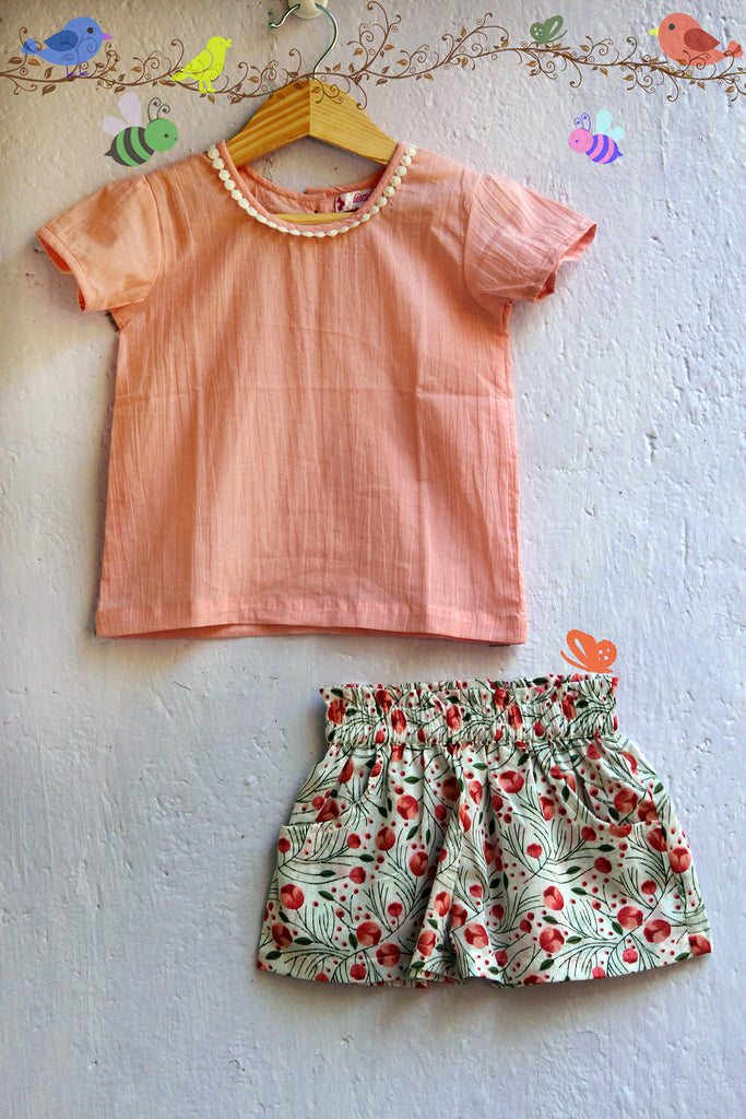 kidswear - tulip print shorts with top