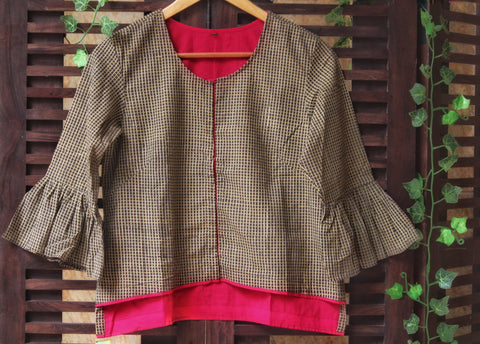 BLOUSE - RUFFLED SLEEVE WITH BEIGE-BROWN CHECKS