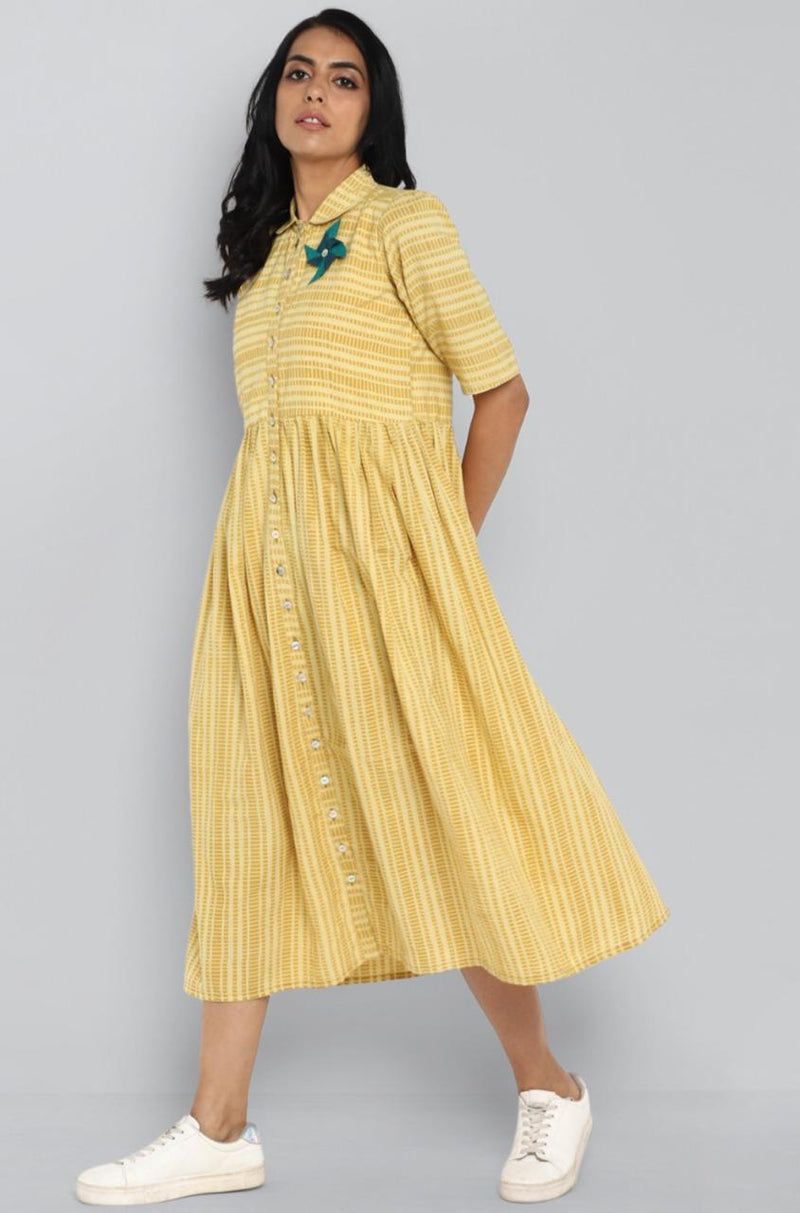 peter pan collar dress - yellow & pinwheel