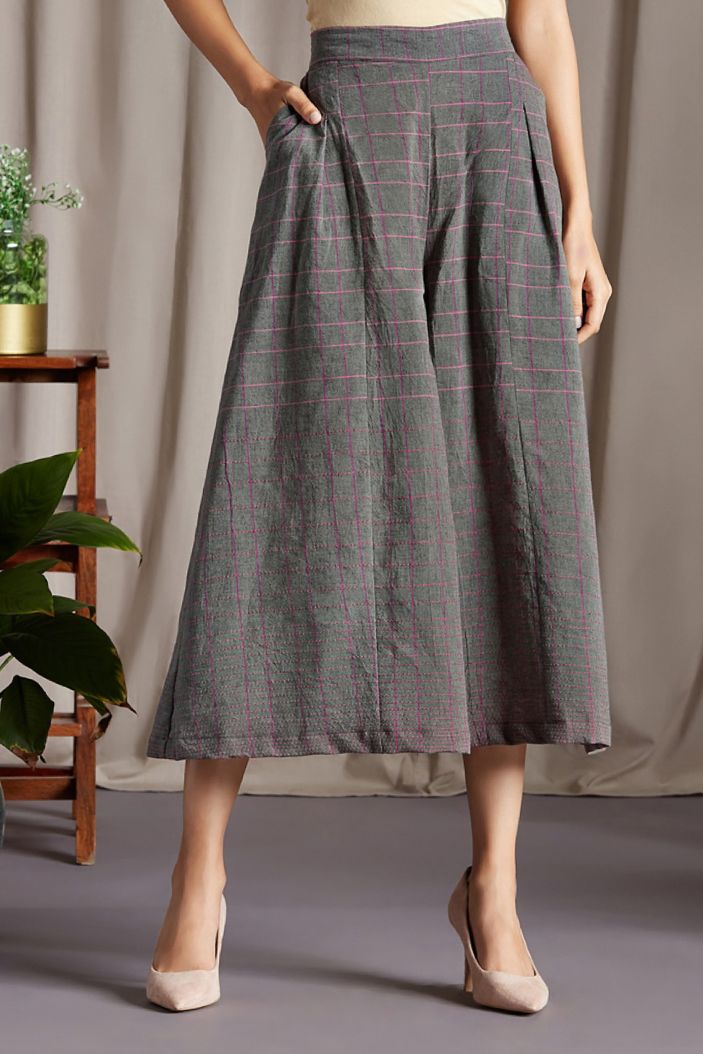 box pleated culotte - grey & checkers