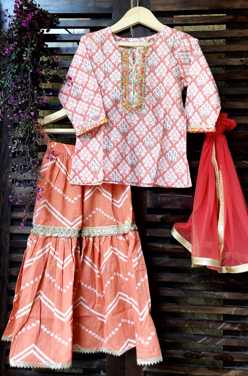 kidswear - peach buti kurti with peach sharara & dupatta
