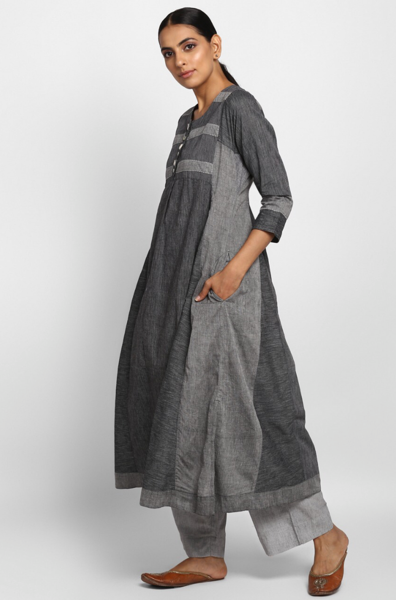 Grey Mangalgiri A ling Kalidar Kurta and Bottom with Pockets