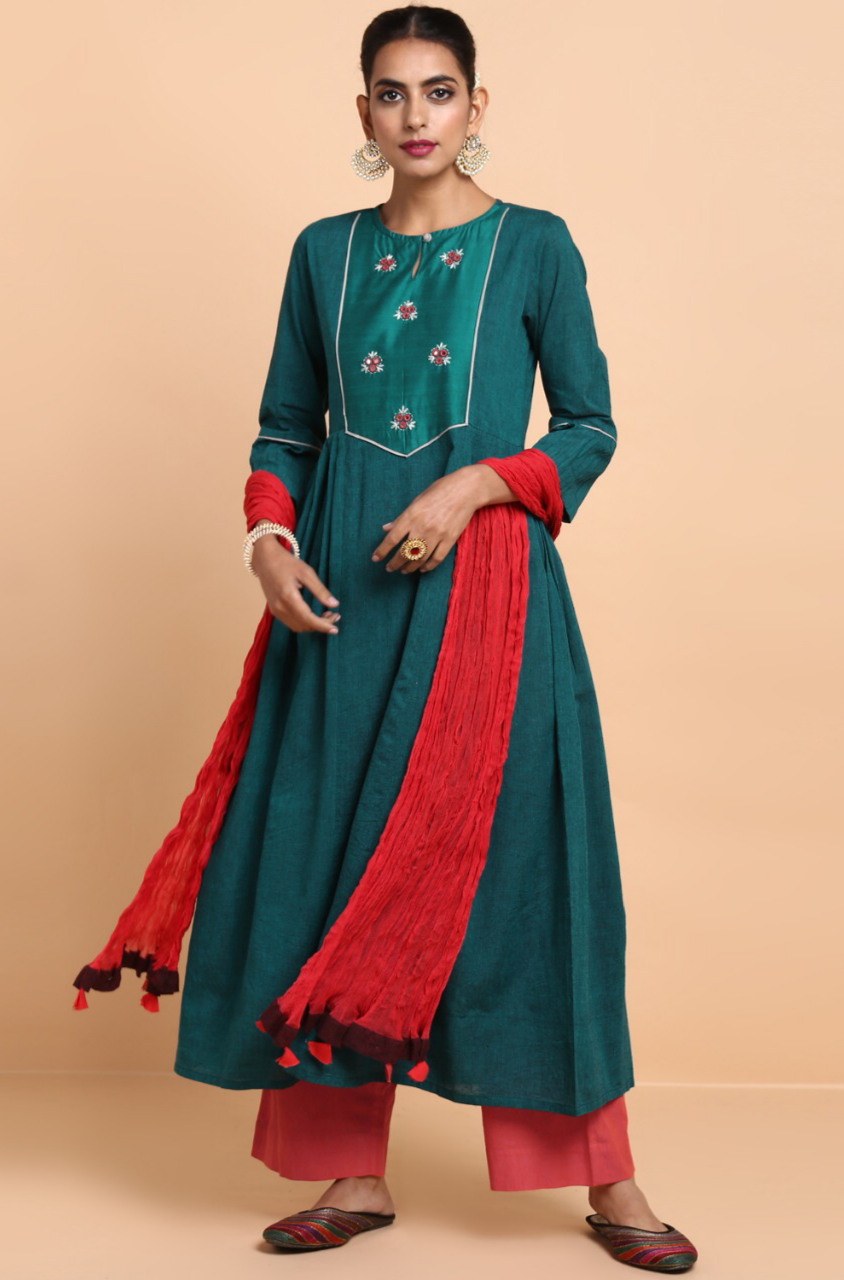 box pleat yoke kurta - rama green & many mirrors