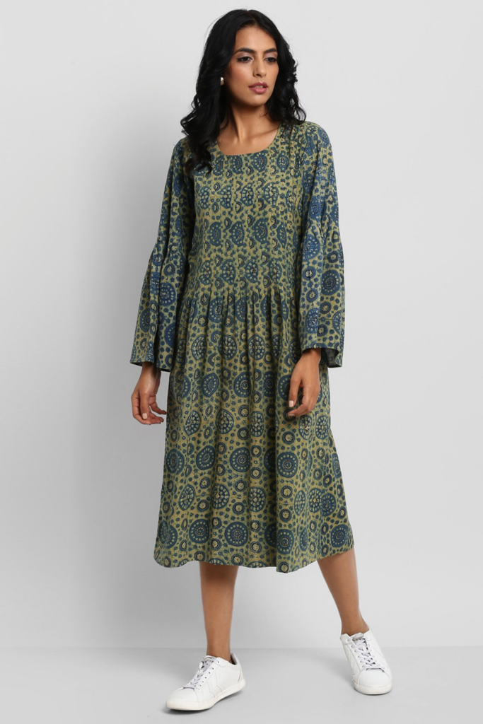 funnel sleeve dress - midnight sky & riyal