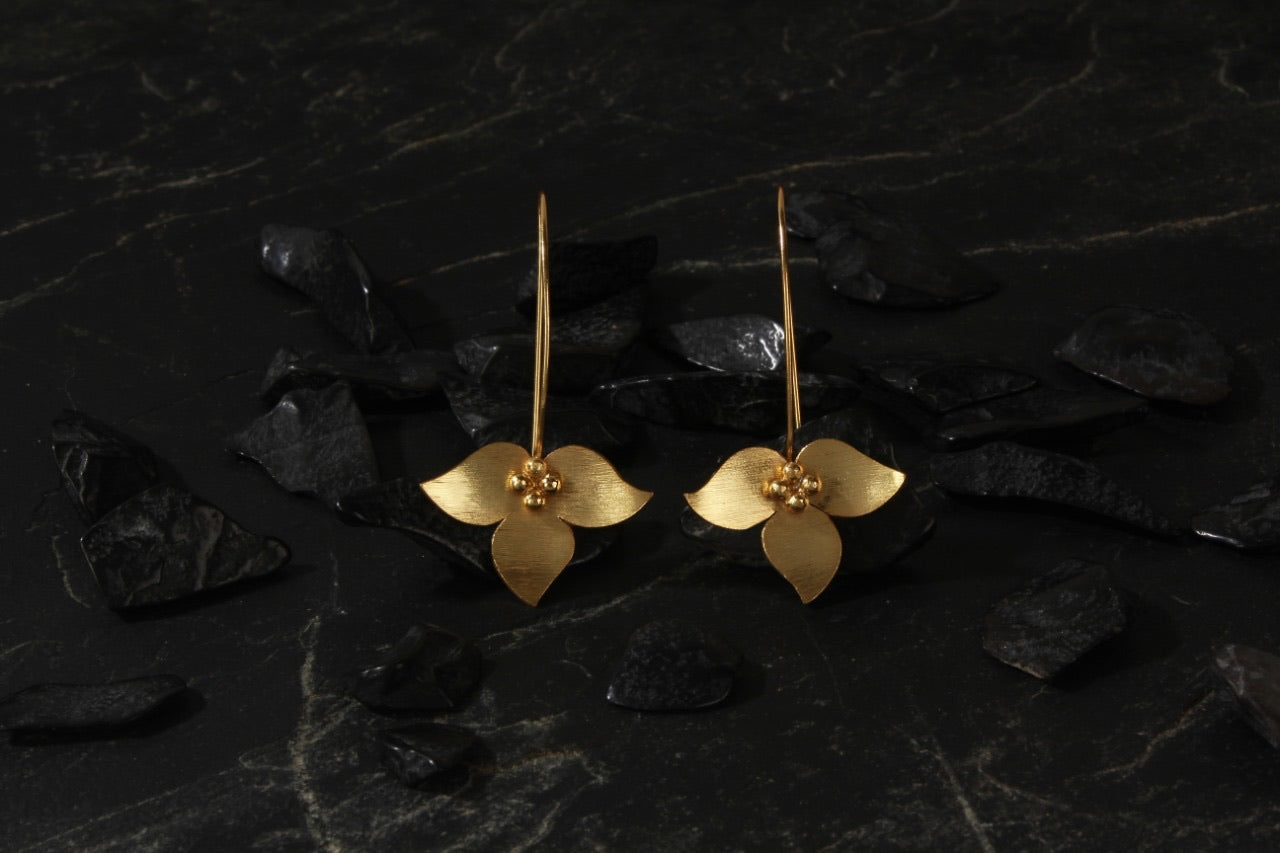 jewelry - berserk - gold plated inverted floral long loops