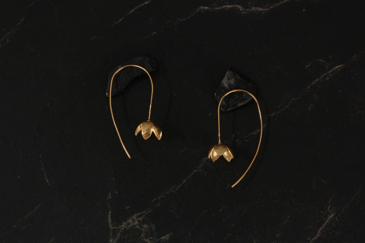 jewelry - berserk - gold plated delicate floret loops