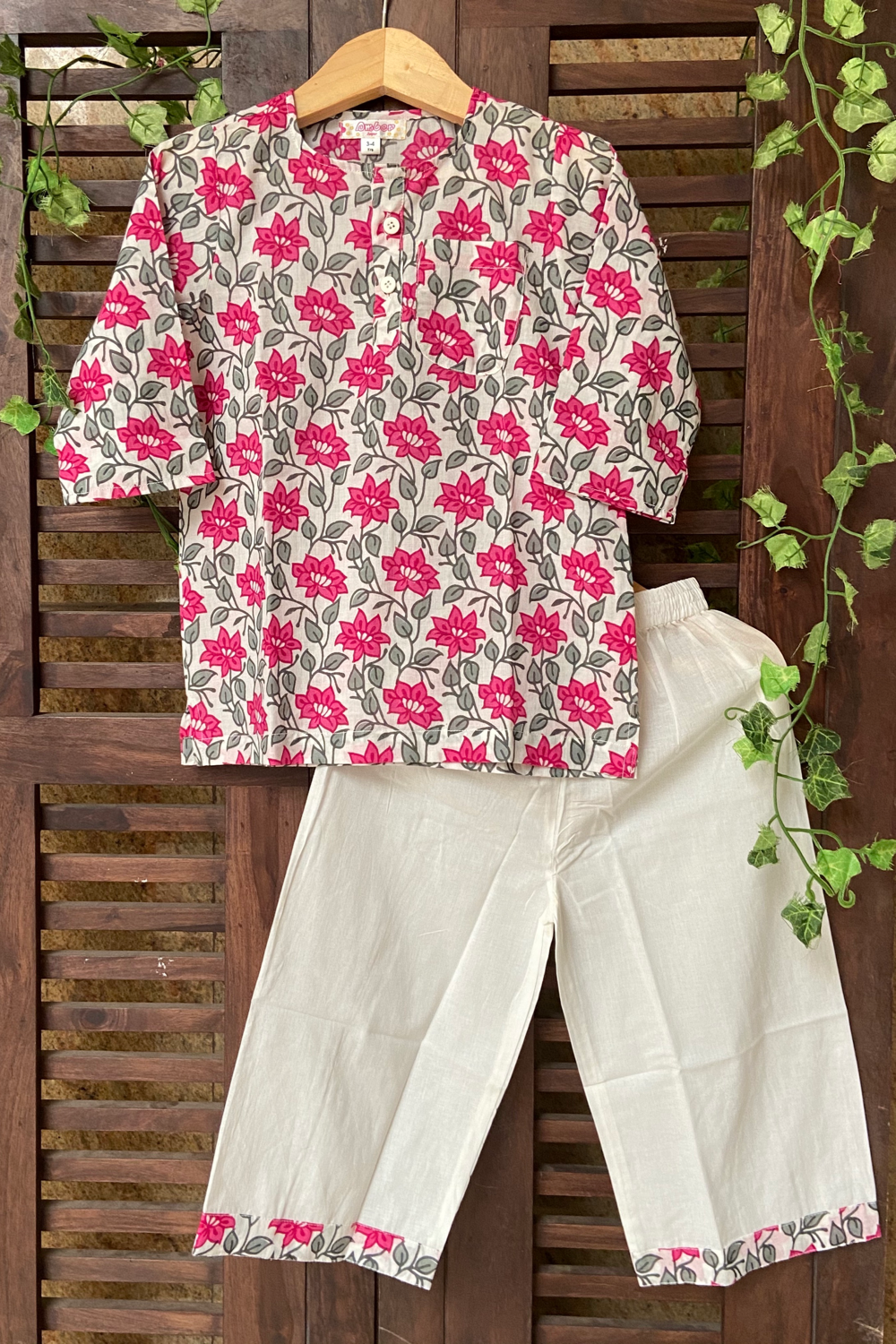 kidswear - lounge / night suits - white pink flowers
