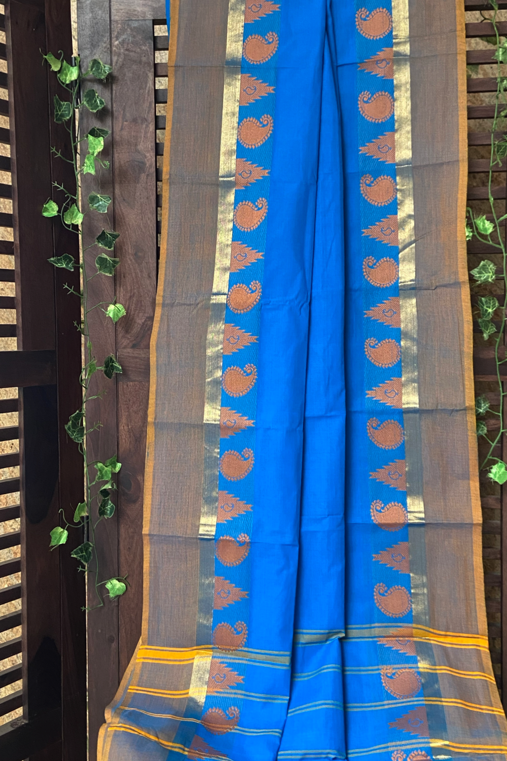 chettinad cotton saree - cobalt & paisleys