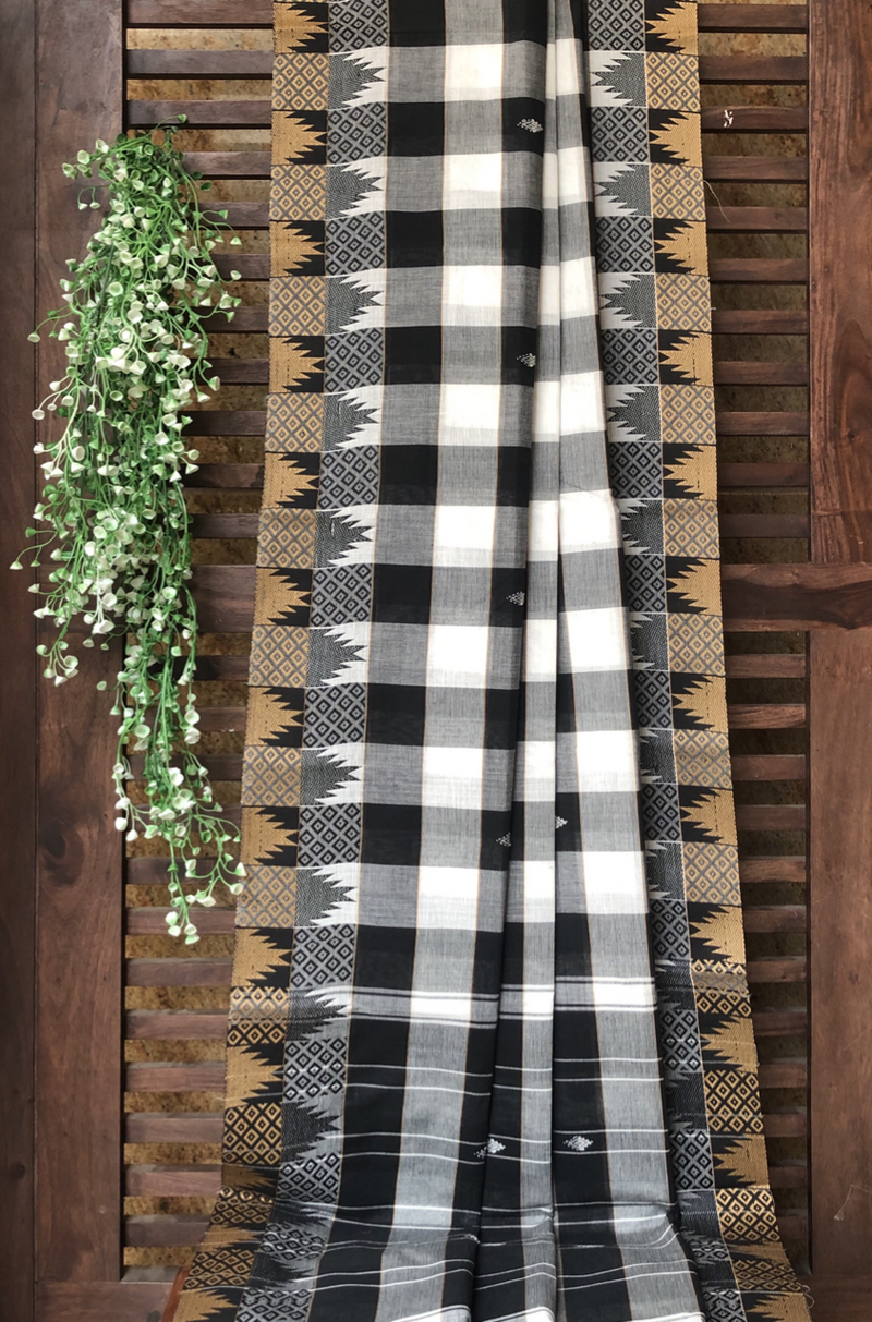 chettinad cotton saree - monochrome checks & temple border