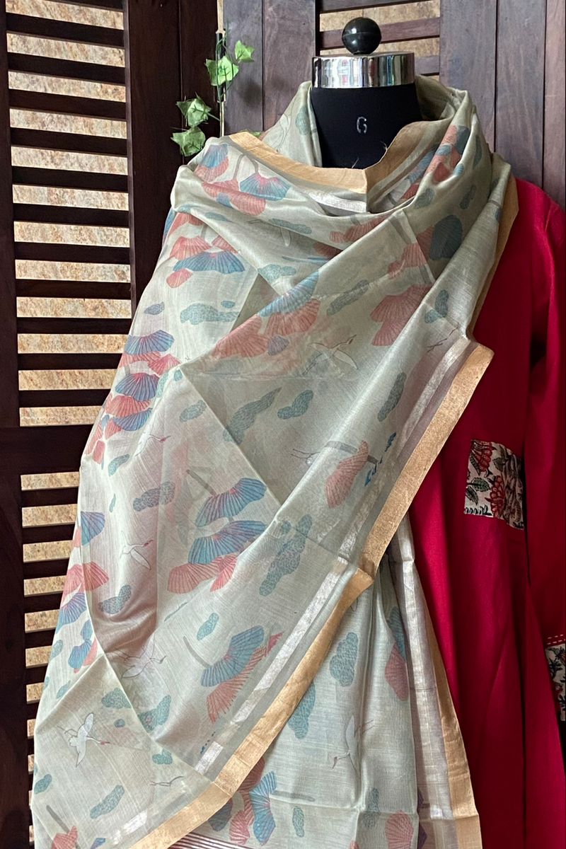 handwoven chanderi dupatta -  watery meadow & dandelions