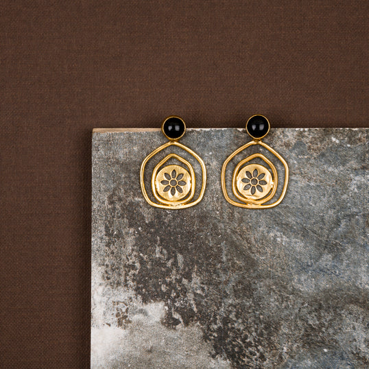 jewelry - berserk - Gold Plated Onyx Pentagon Studs