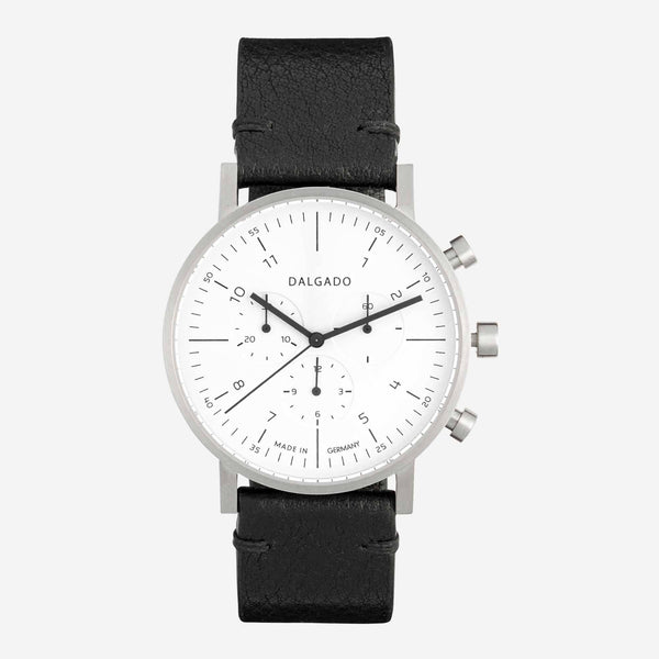 Limited Chronograph White - Léon - Space to Show
