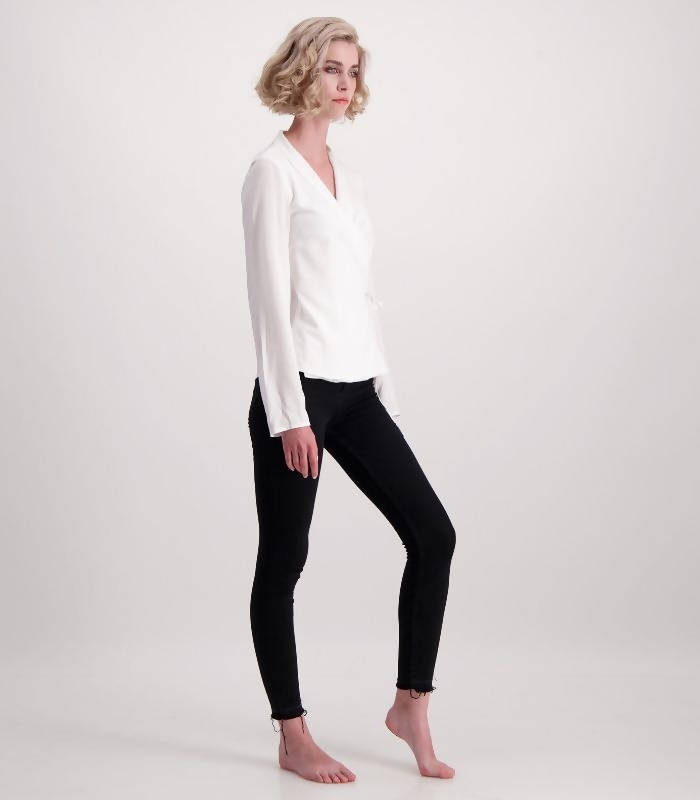 LUNAR rachel wrap top - Space to Show