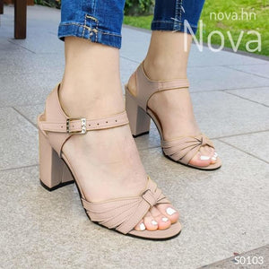 Te Veras Hermosa Con Estas Sandalias Beige / 35 Normal Zapatos Medianos