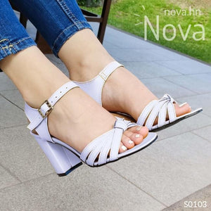 Te Veras Hermosa Con Estas Sandalias Blanco / 35 Normal Zapatos Medianos