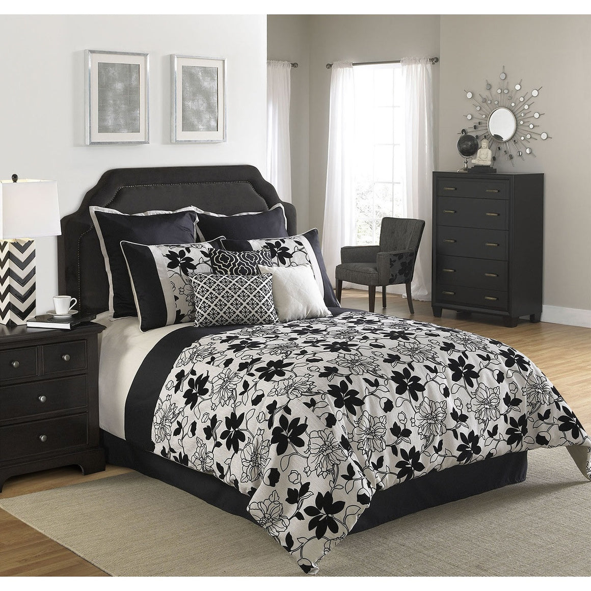 Ebony and Ivory Comforter Bed Set