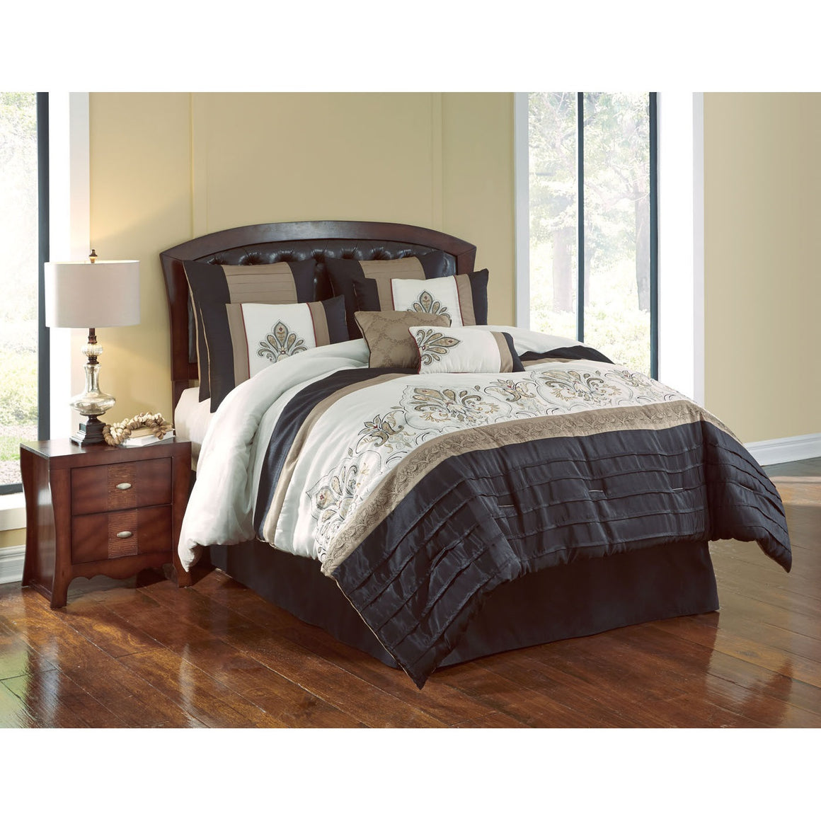 Blackmoore Comforter Bed Set