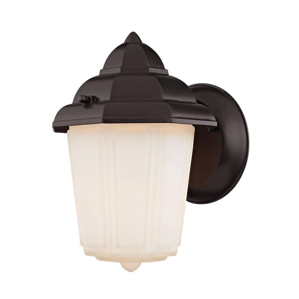 1 Light Outdoor Wall Sconce In Oil Rubbed Bronze 9211EW/75 by Cornerstone
