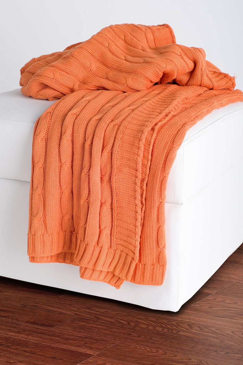 Rizzy Orange Throw TH0160
