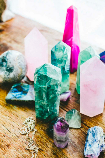 CRYSTAL POINT | rose quartz