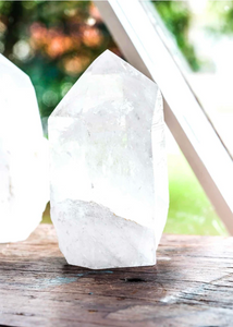 CRYSTALS | clear quartz top polished point
