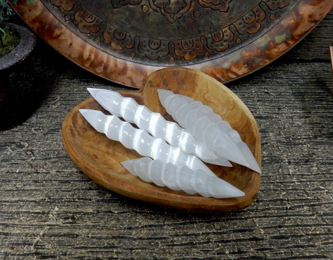 CRYSTAL | Selenite Spiral Wand