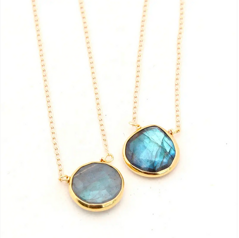 JEWELRY | labradorite raindrop necklace