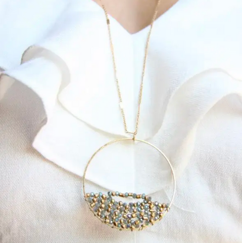 JEWELRY | twisted crystals necklace