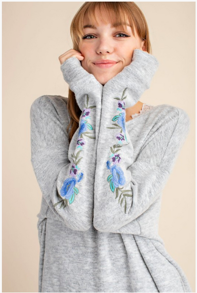 APPAREL | floral embroidered boho sweatshirt