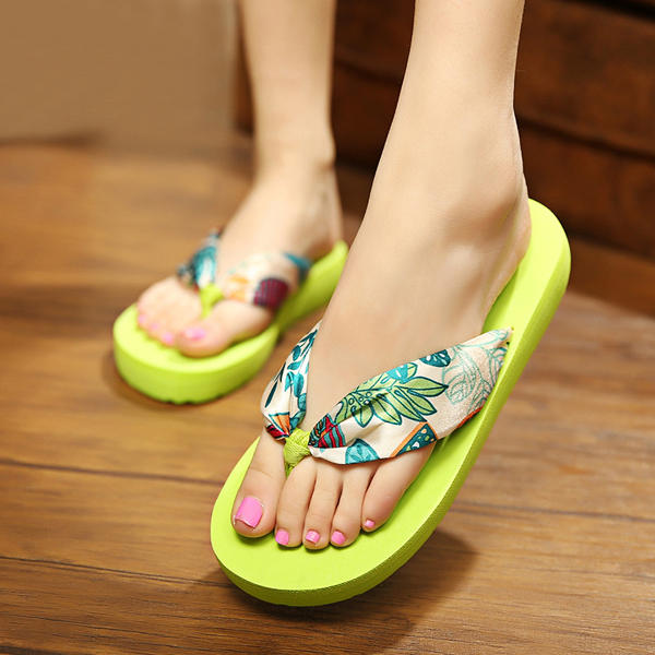 Big Size Summer Women Beach Slippers Bohemia Flip Flops Breathable Silk Slippers