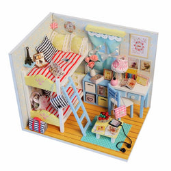 Hoomeda DIY Wood Children's Memories With LED+Furniture+Cover Dollhouse
