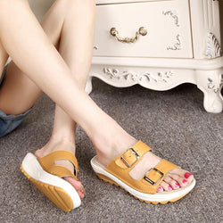 Socofy Big Size Soft Leather Buckle Peep Toe Slippers Slip On Beach Platform Sandals