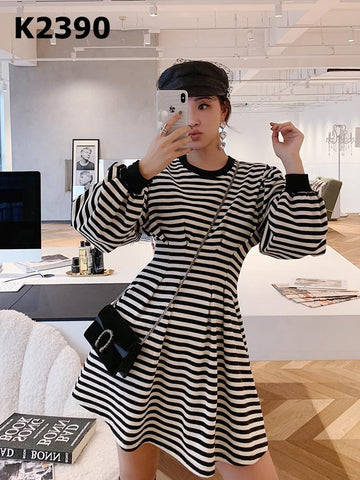 K2390 B&W stripe dress