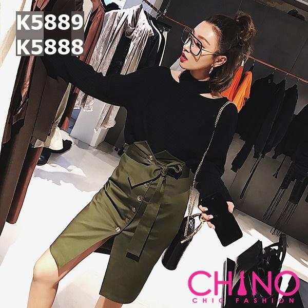K5889 Cutout collar knit top