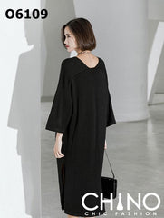 O6109 Black V neck dress