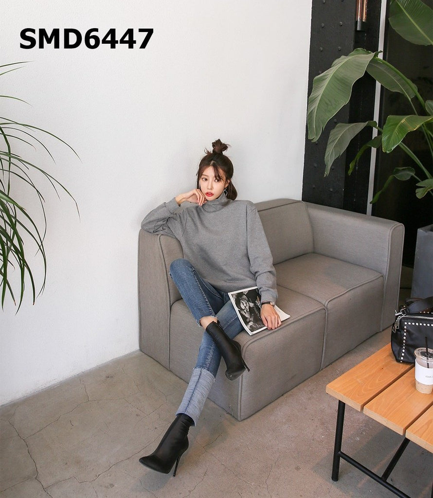 SMD6447 Turtle neck sweatshirt