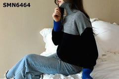 SMN6464 Turtle mixed tone knit top