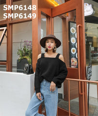 SMP6148 Cut out shoulder thick stripe sweater