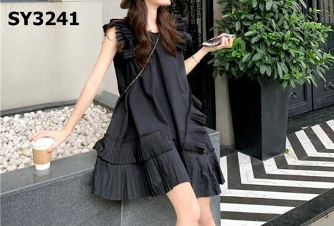 SY3241 Pleat detailed dress