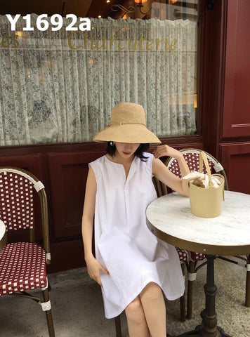 Y1692a Sleeveless slit collar dress (short)
