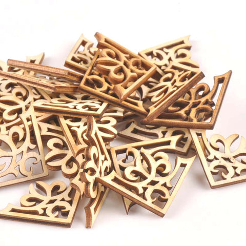 Wood Ornate corners 27x27mm 25pcs