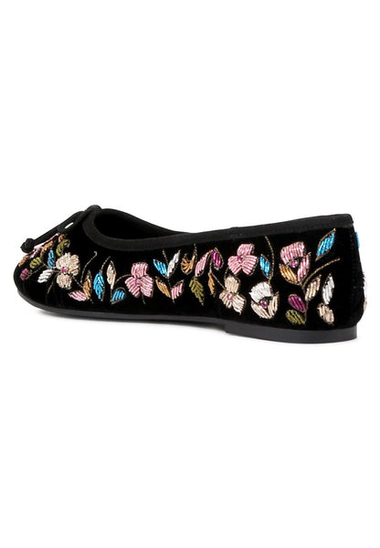 Women's Black Synthetic Embroided Beverly Flat Ballerinas - London Rag India