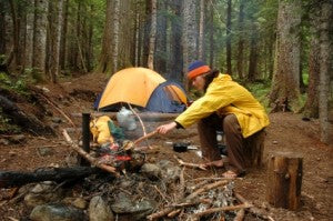 Basic survival skills: know how to build a campfire