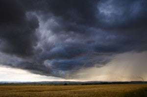 Mom's 5 Tips for Weathering Thunderstorms
