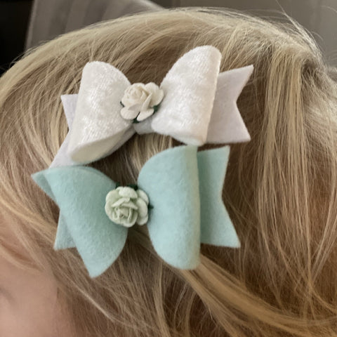 Bow with Rose Centre Hairclip - Medium - Chic Petit