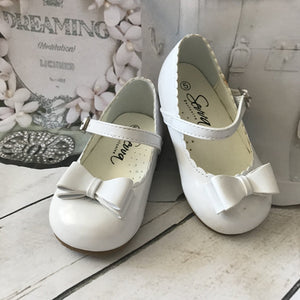 Elena Girls Mary Jane Shoes with Bow - White - Chic Petit