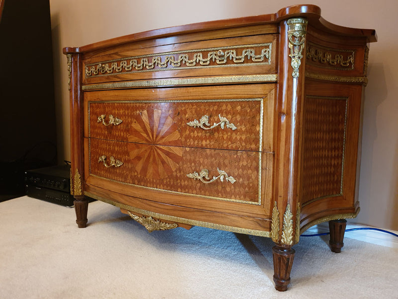A BEAUTIFUL INLAID COMMODE – EMPIRE STYLE – WITH A COMPLETE SET OF FITTINGS - Vintage Clock Face