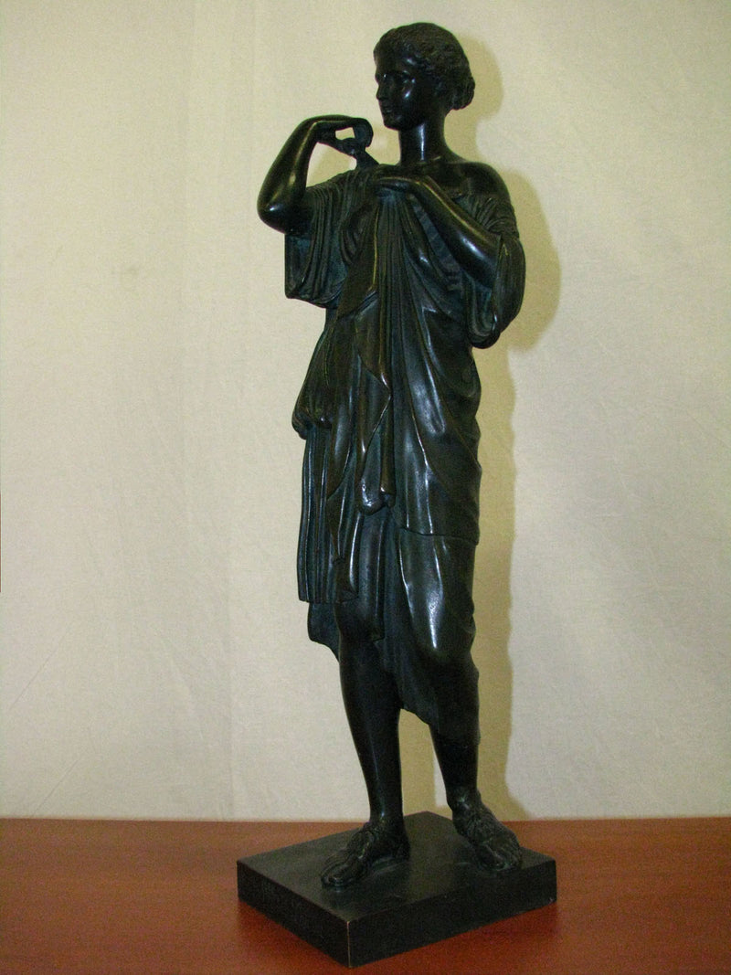 SCULPTURE OF A WOMAN IN ANCIENT ROBES Bronze - Vintage Clock Face