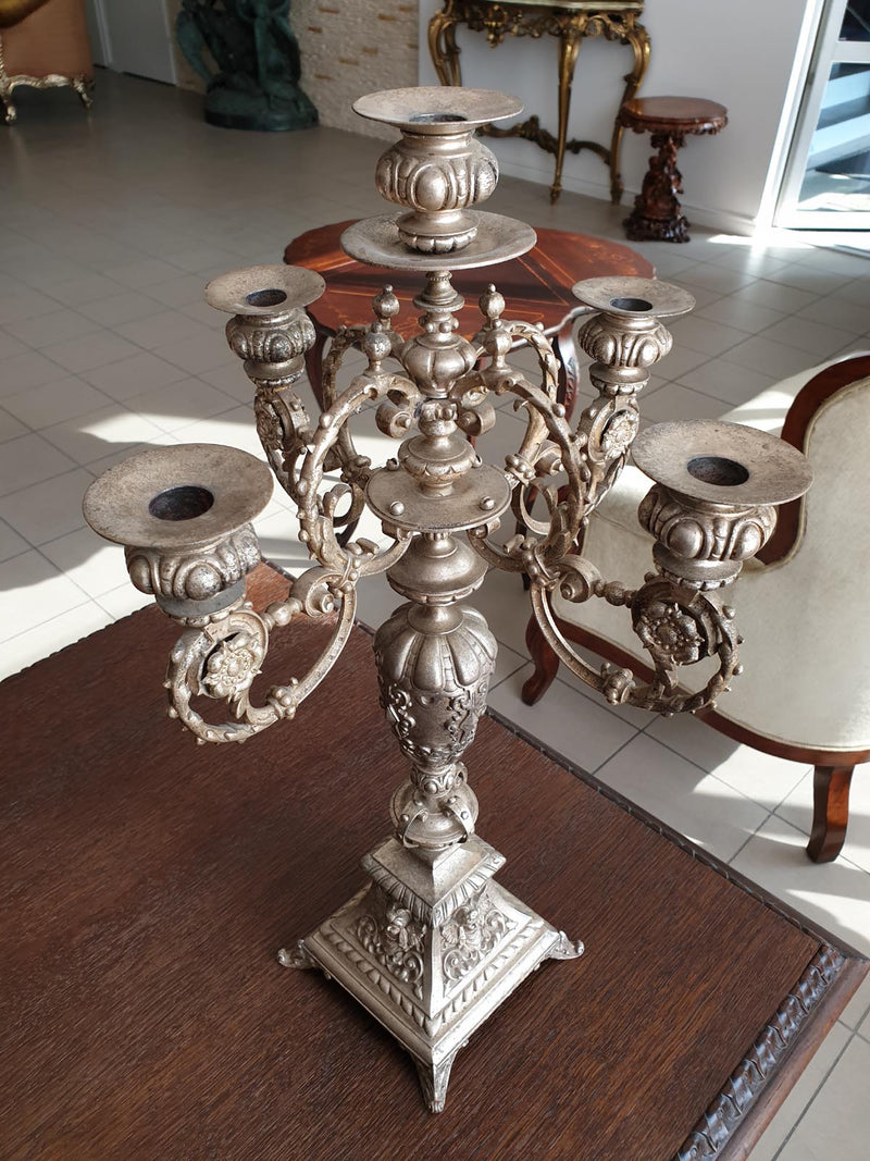 AN EXTREMELY STRIKING 19th CENTURY CANDELABRA IN THE RENAISSANCE STYLE - Vintage Clock Face