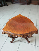 A CHARMING LITTLE AUXILIARY TRIANGULAR TABLE – WALNUT, ROCOCO REVIVAL - Vintage Clock Face